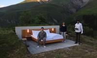 В Швейцарии открыли отель без стен и крыши