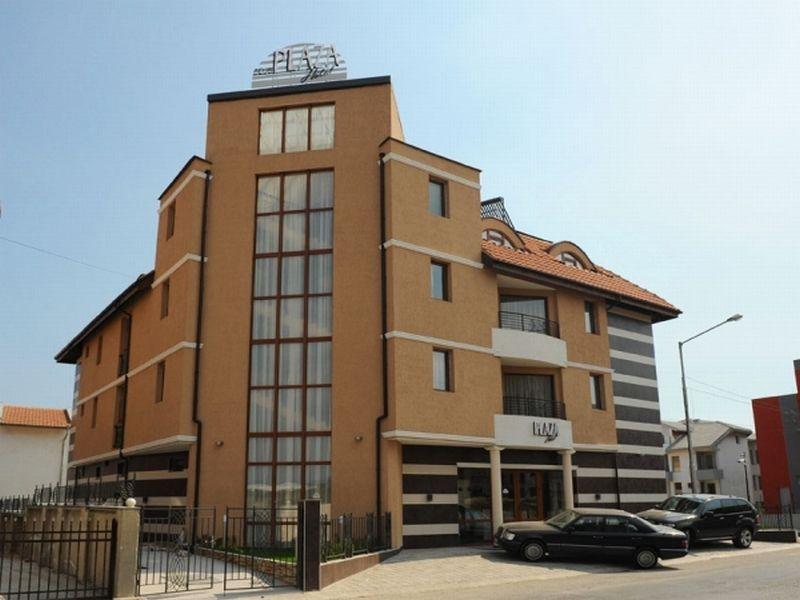 Отель, гостиница в Бургасской области, Болгария, 1169 м2 - фото 1