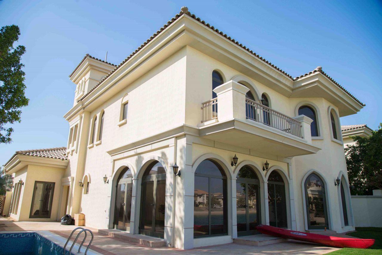 Вилла в Дубае, ОАЭ, 464 м2 - фото 1