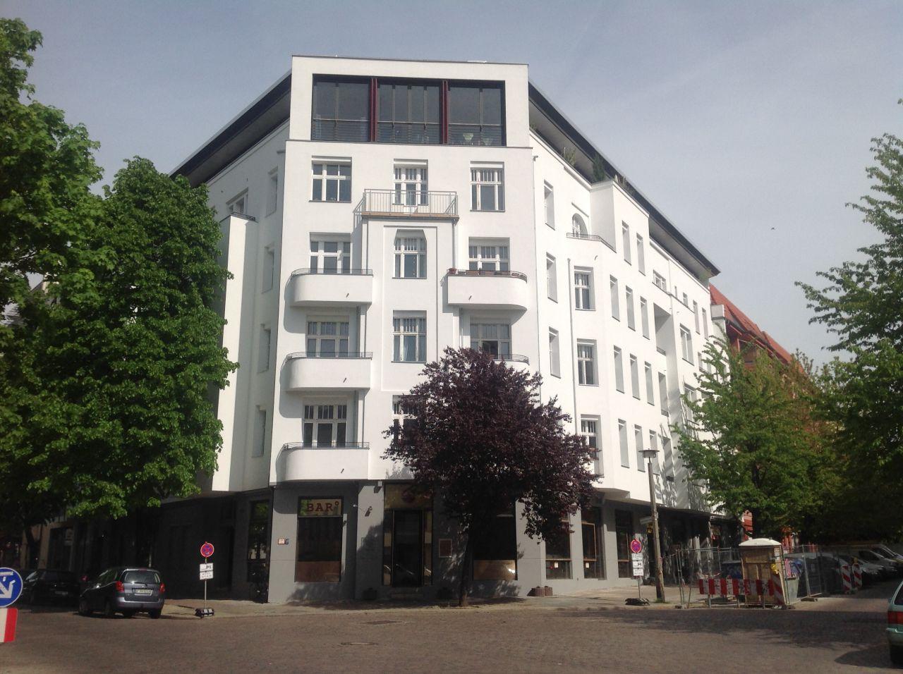Магазин в Берлине, Германия, 96.99 м2 - фото 1