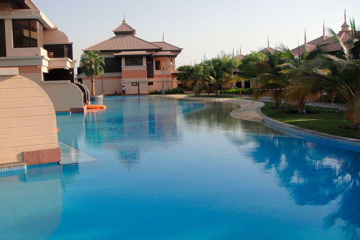 Отель, гостиница в Дубае, ОАЭ, 107 м2 - фото 1