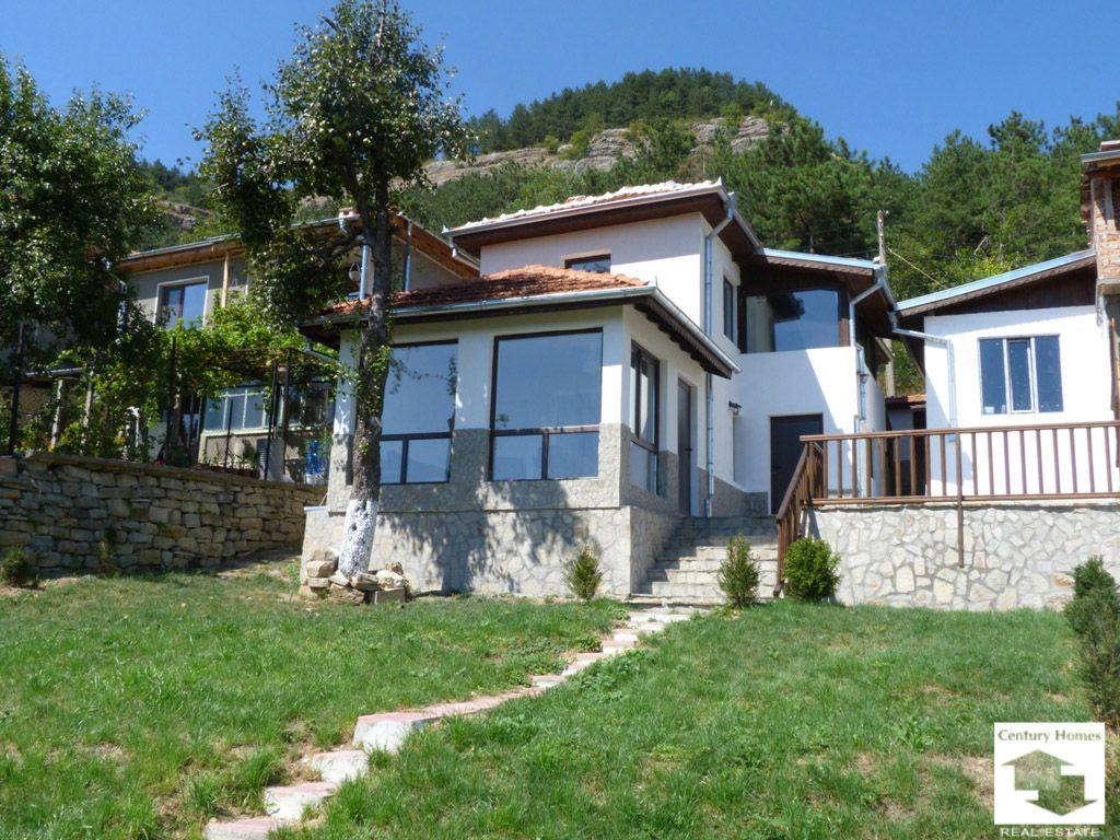 Дом в Велико Тырново, Болгария, 347 м2 - фото 1