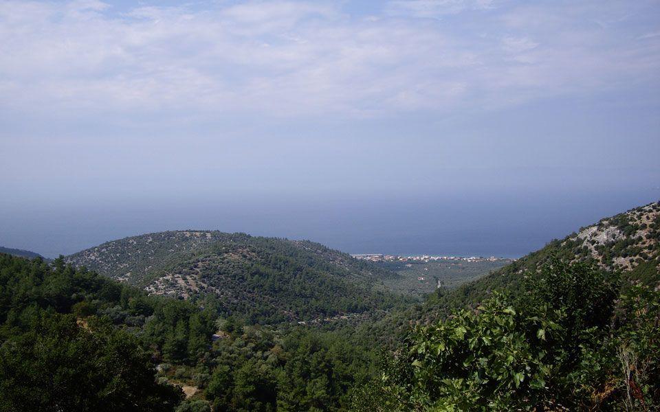 Земля на Тасосе, Греция - фото 1