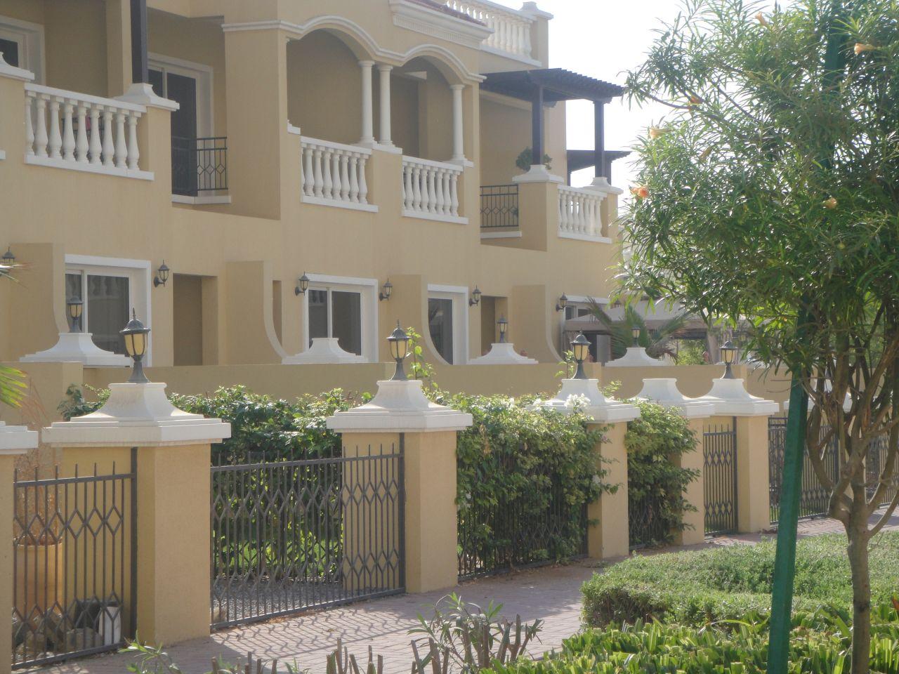 Вилла в Рас-эль-Хайме, ОАЭ, 202 м2 - фото 1