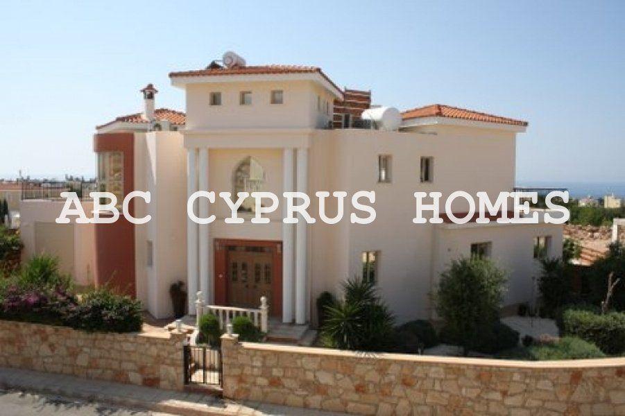Вилла в Пафосе, Кипр, 560 м2 - фото 1