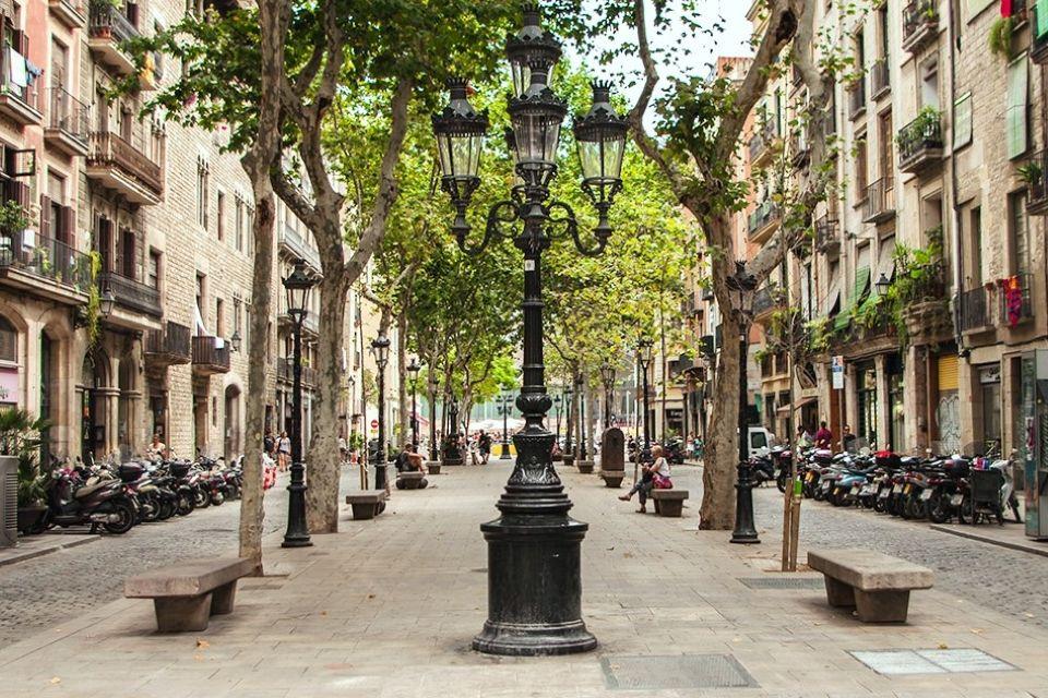 Магазин в Барселоне, Испания, 88 м2 - фото 1