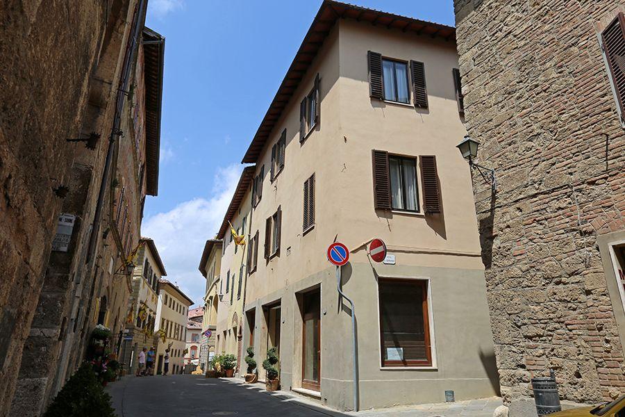 Таунхаус в Сиене, Италия, 410 м2 - фото 1