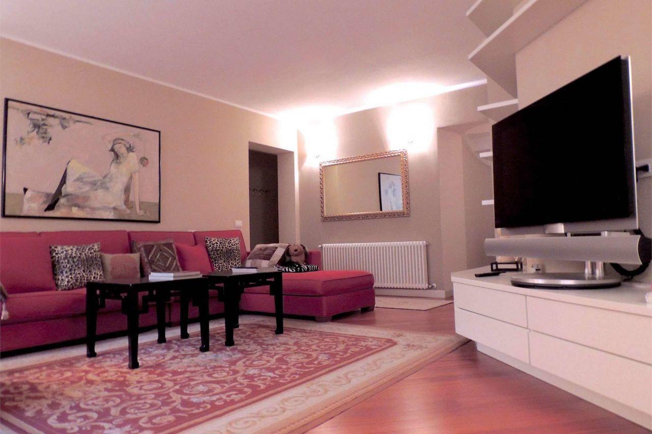 Квартира у озера Гарда, Италия, 150 м2 - фото 1