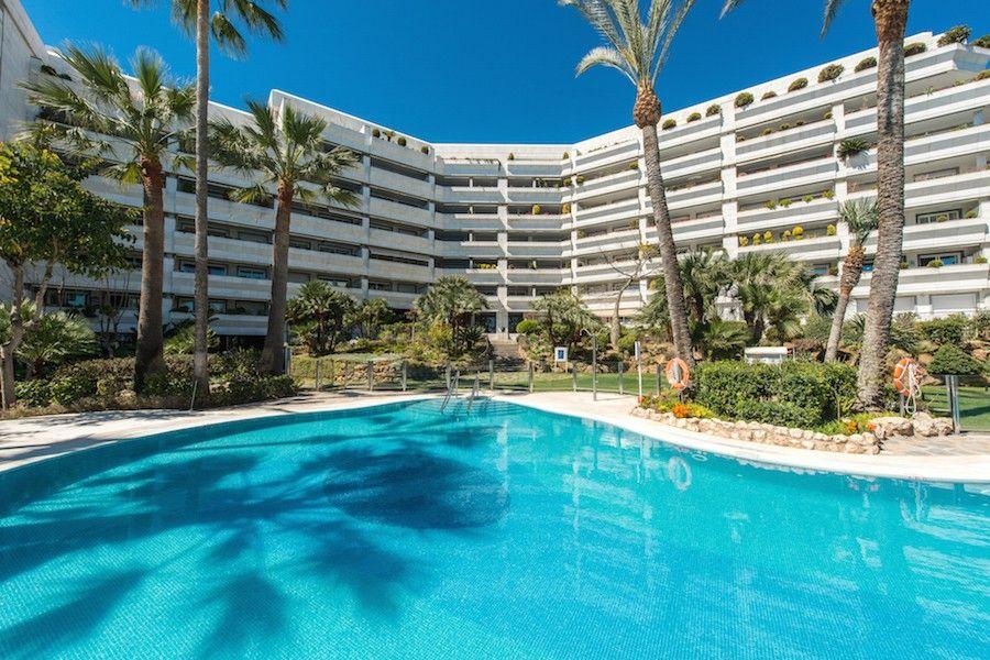 Квартира в Марбелье, Испания, 210 м2 - фото 1