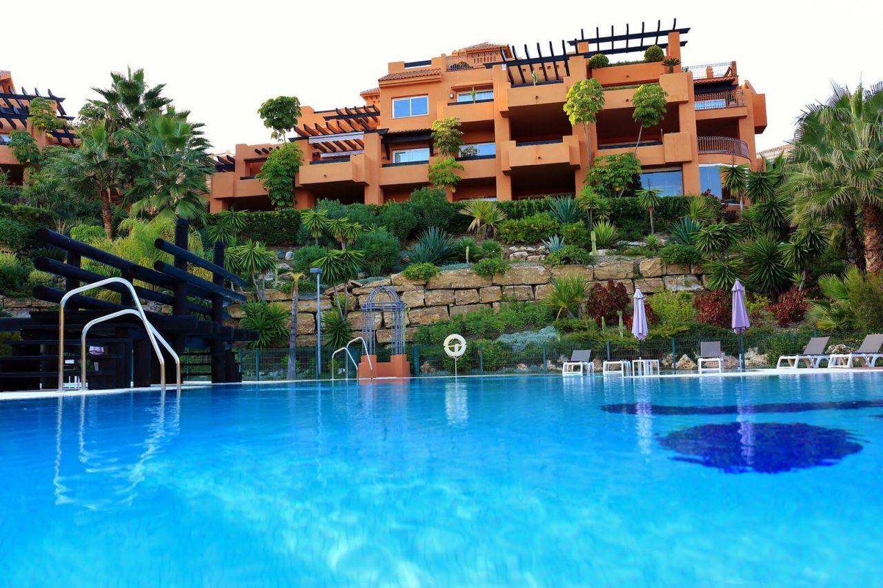 Квартира на Коста-дель-Соль, Испания, 260 м2 - фото 1