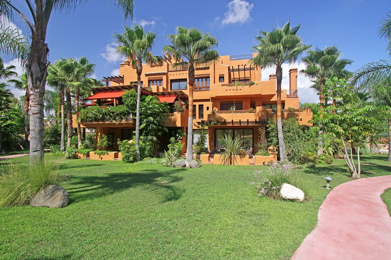 Квартира на Коста-дель-Соль, Испания, 207 м2 - фото 1
