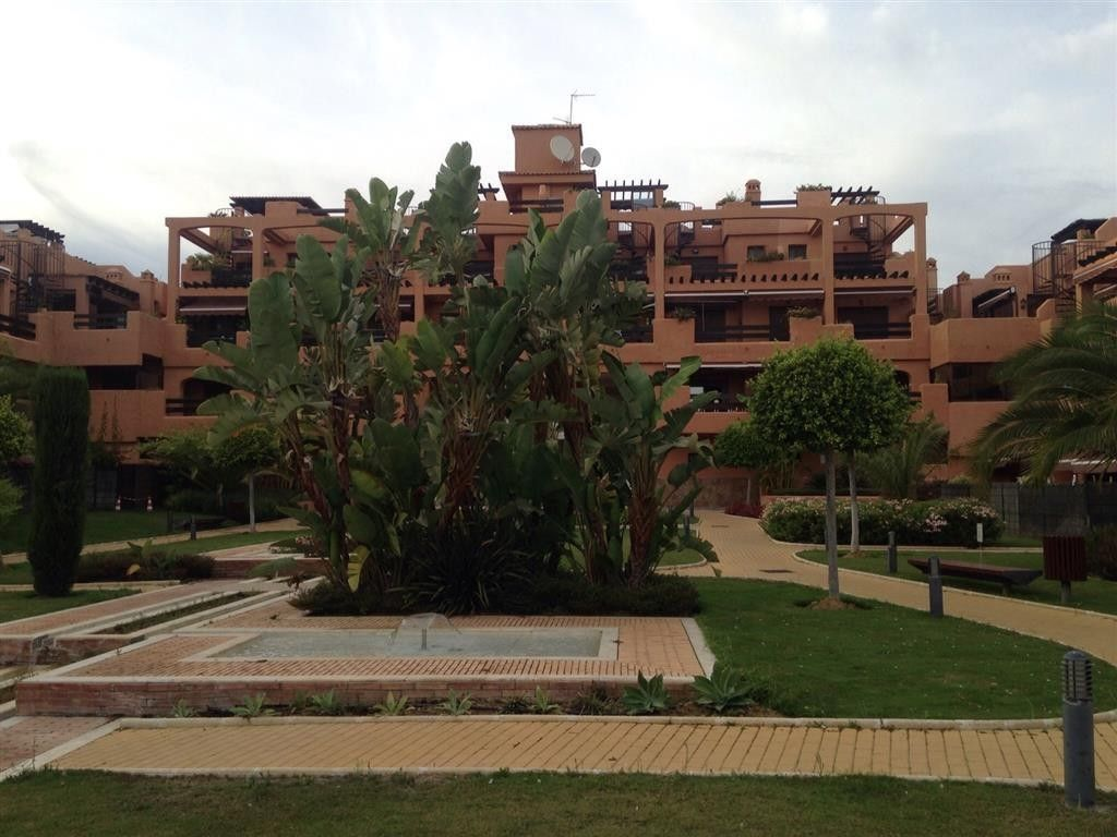Квартира в Эстепоне, Испания, 100 м2 - фото 1