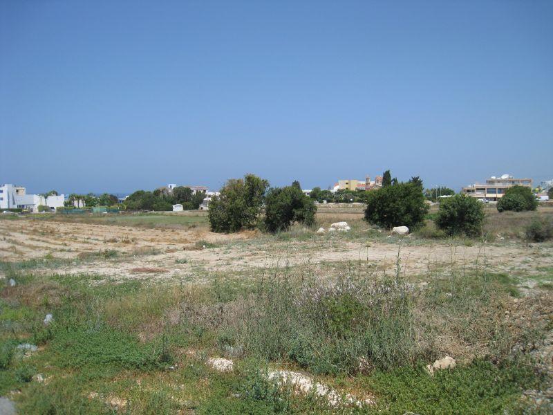 Земля в Пафосе, Кипр, 2676 м2 - фото 1