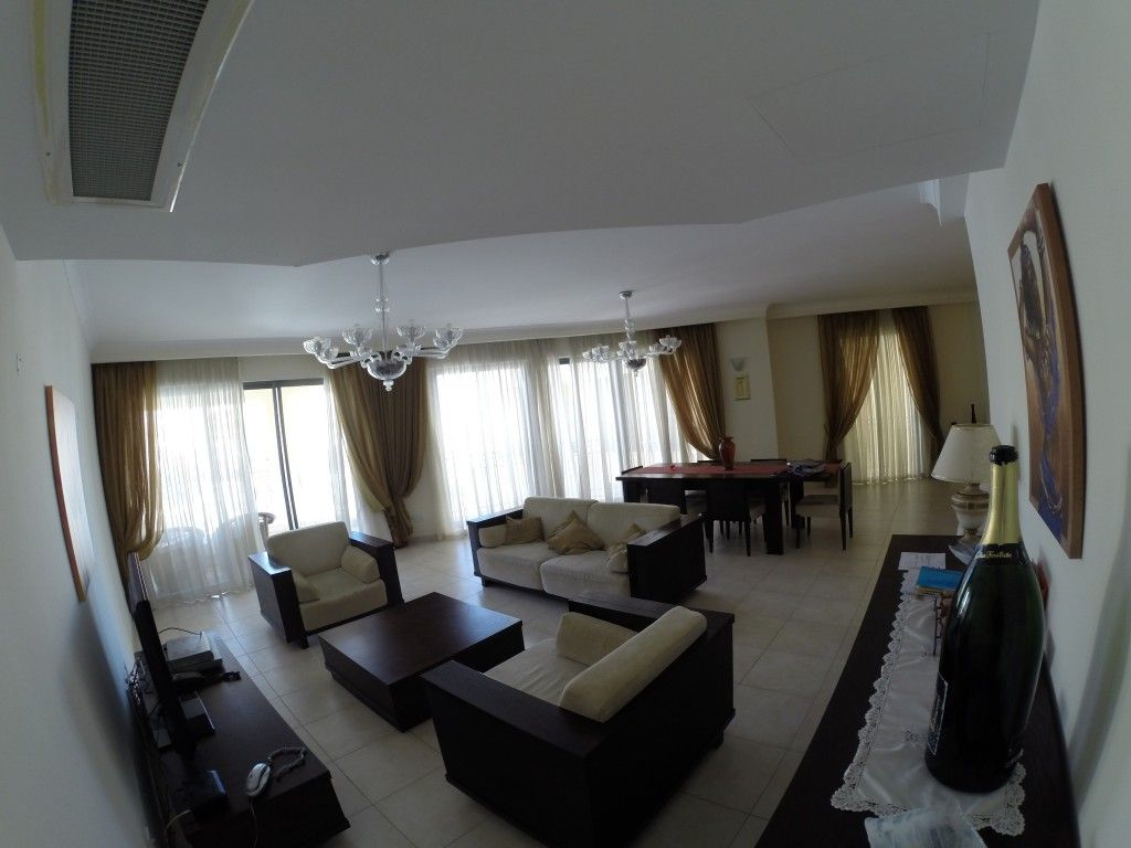 Квартира в Сент-Джулиансе, Мальта, 256 м2 - фото 1