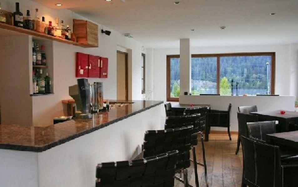 Коммерческая недвижимость в Шамони, Франция, 600 м2 - фото 1