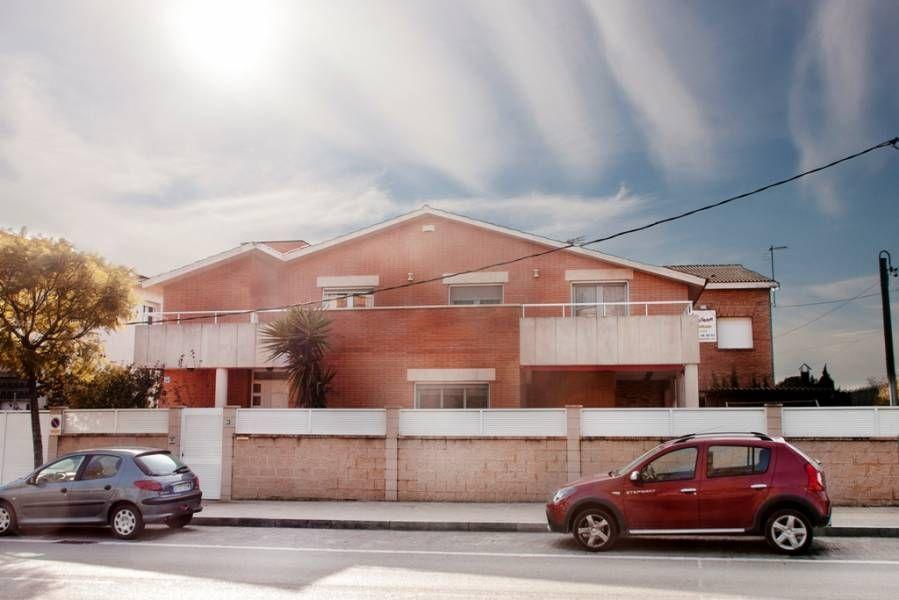 Вилла на Коста-Дорада, Испания, 380 м2 - фото 1