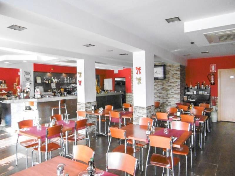 Коммерческая недвижимость Коста Дорада, Испания, 155 м2 - фото 1