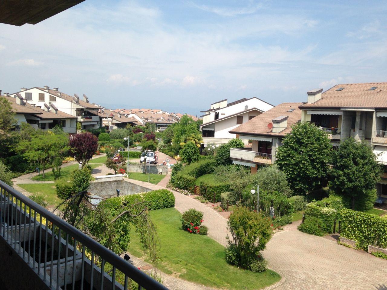 Вилла в Риме, Италия, 560 м2 - фото 1