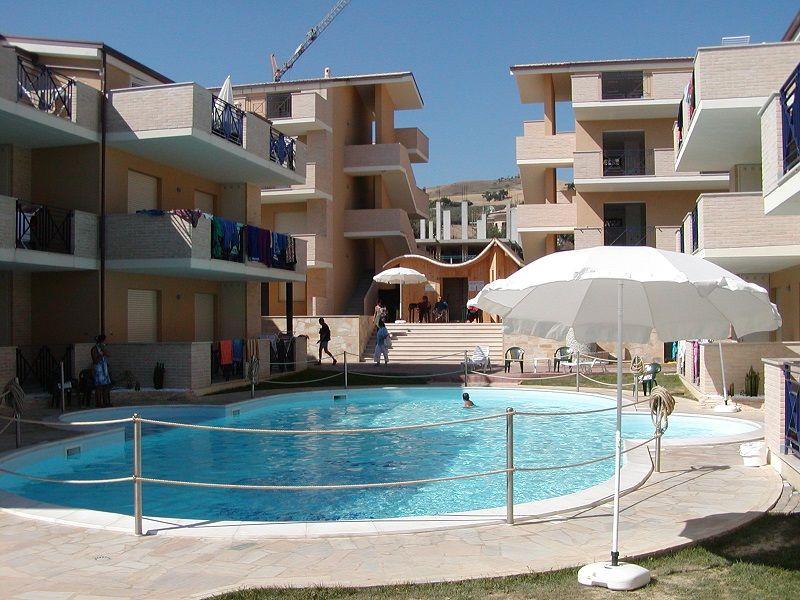 Квартира в Абруццо, Италия, 52 м2 - фото 1
