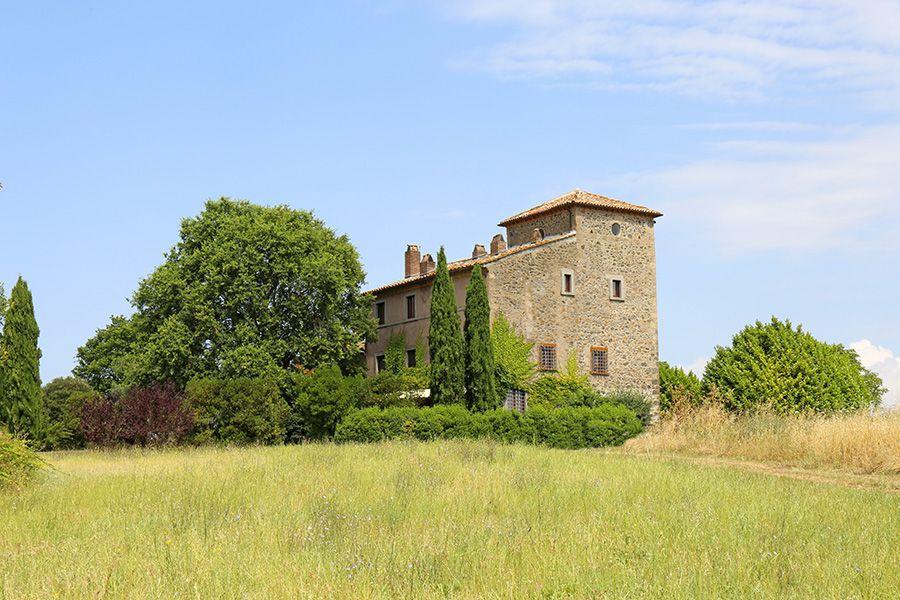 Особняк в Лацио, Италия, 580 м2 - фото 1