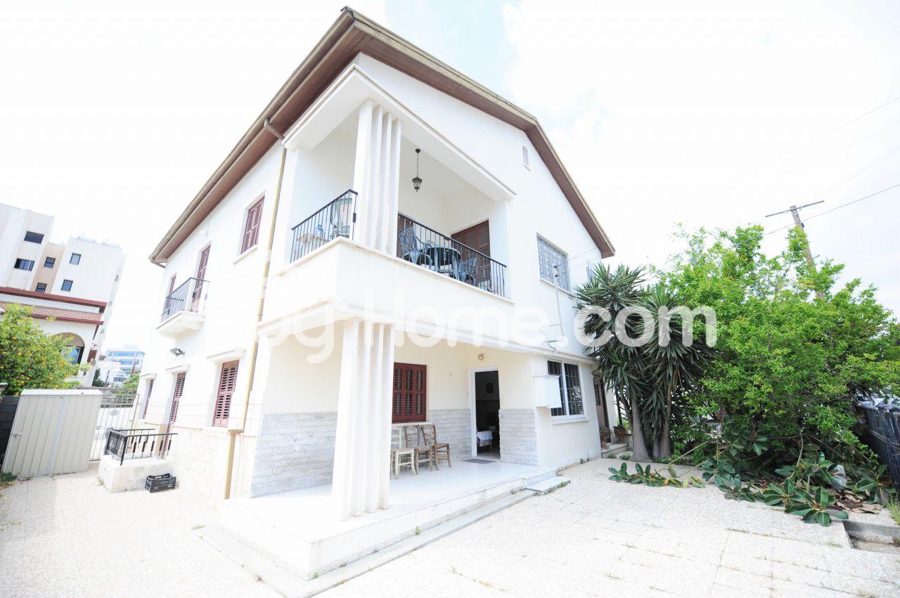 Дом в Ларнаке, Кипр, 220 м2 - фото 1