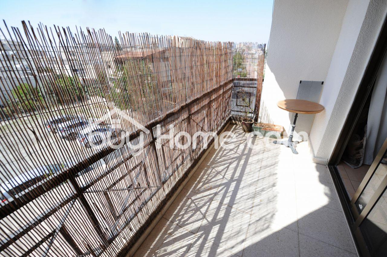 Апартаменты в Ларнаке, Кипр, 65 м2 - фото 1