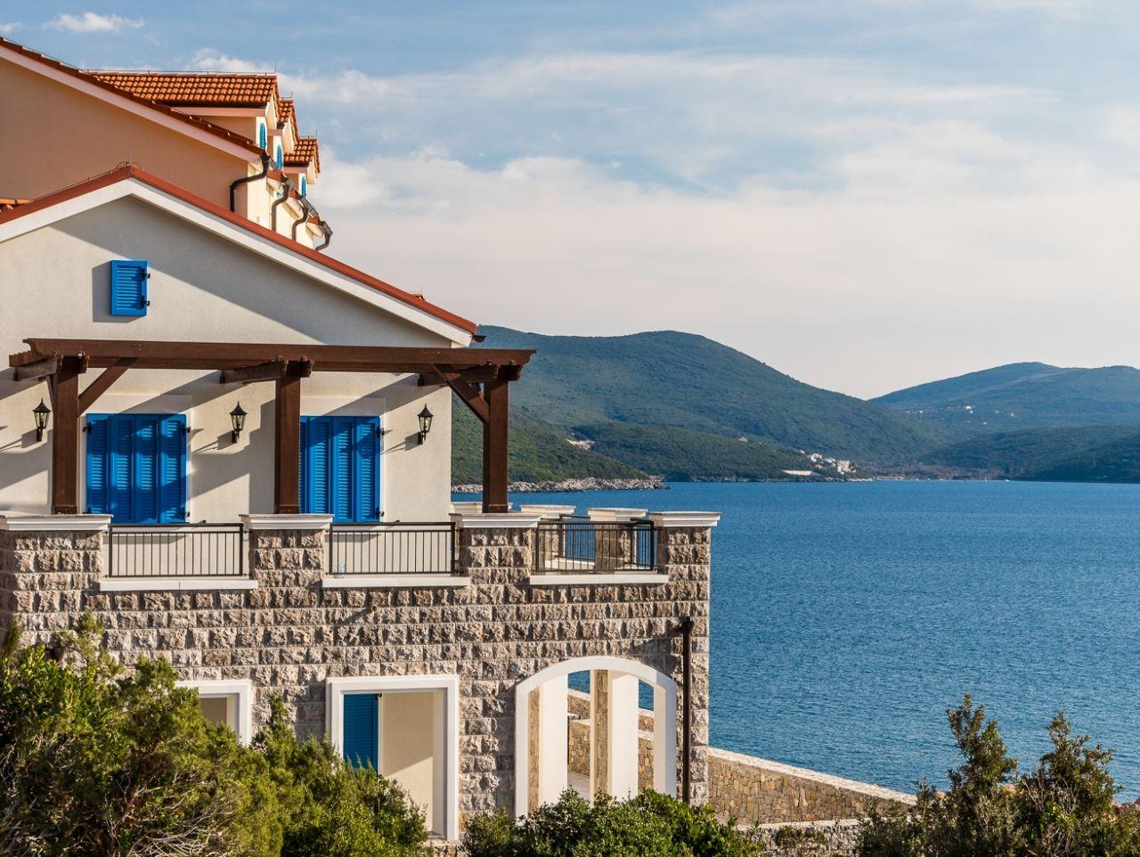 Апартаменты Будванская Ривьера, Черногория, 123 м2 - фото 1