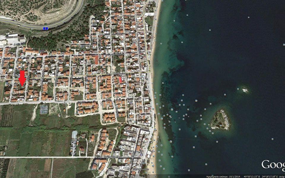Земля на Саламине, Греция - фото 1
