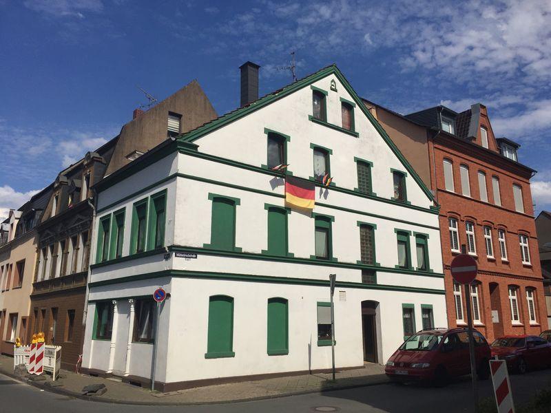 Дом в земле Северный Рейн-Вестфалия, Германия, 244 м2 - фото 1