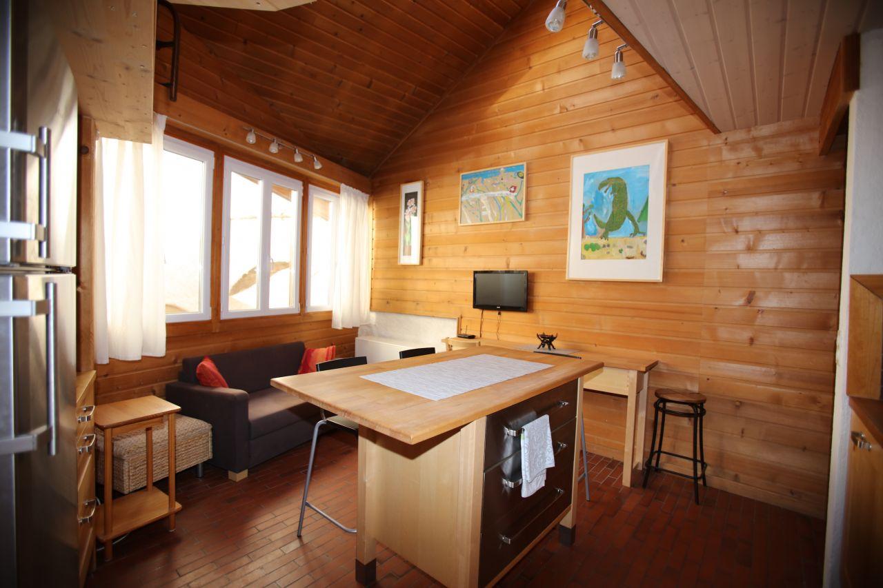 Дом в Монтрё, Швейцария, 87 м2 - фото 1