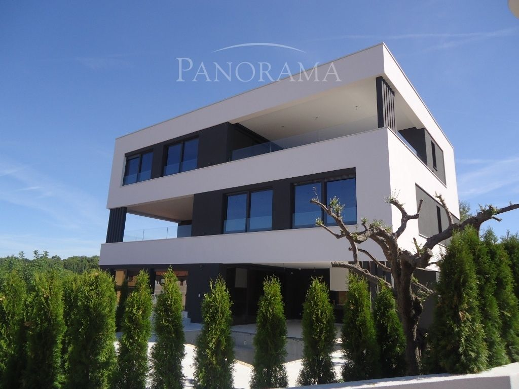Апартаменты в Ровини, Хорватия, 211 м2 - фото 1