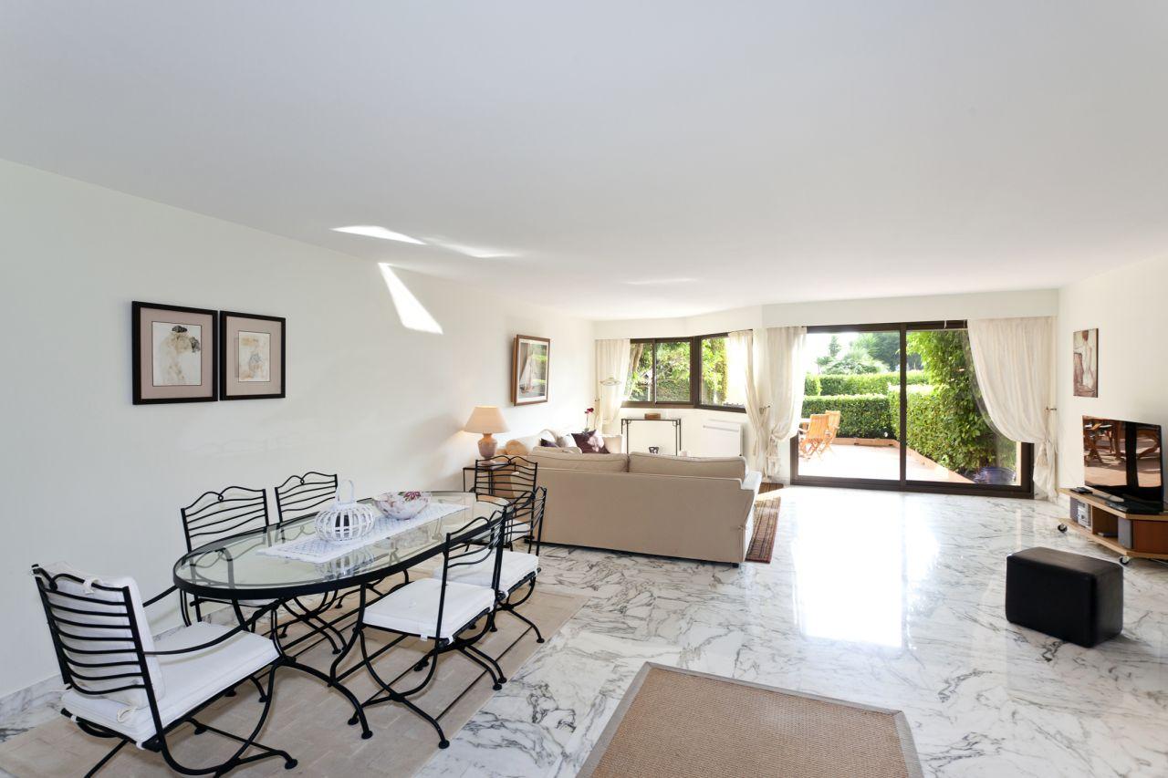 Апартаменты в Ницце, Франция, 136 м2 - фото 1