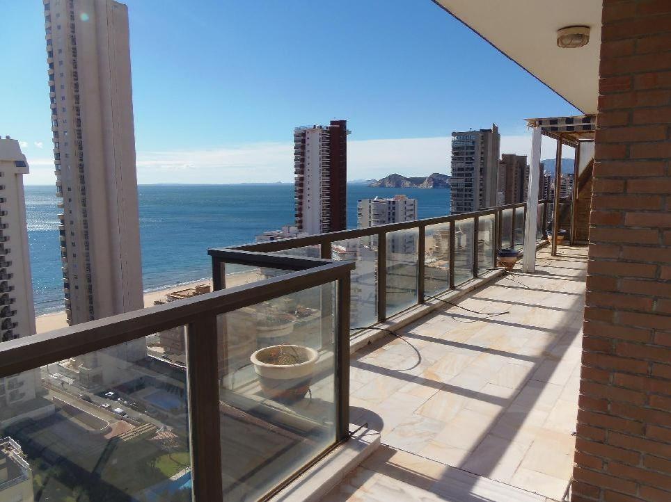 Апартаменты в Бенидорме, Испания, 260 м2 - фото 1