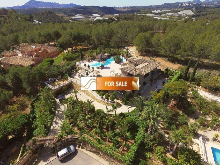 Вилла в Альтеа, Испания, 2600 сот. - фото 1