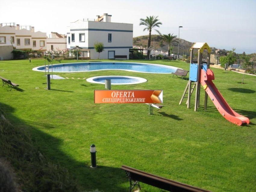 Таунхаус в Финестрате, Испания, 165 м2 - фото 1