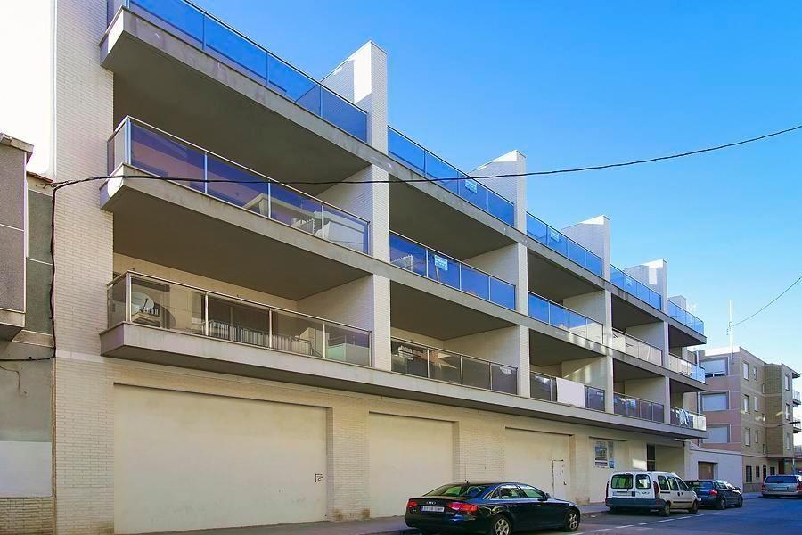 Коммерческая недвижимость в Торревьехе, Испания, 842 м2 - фото 1