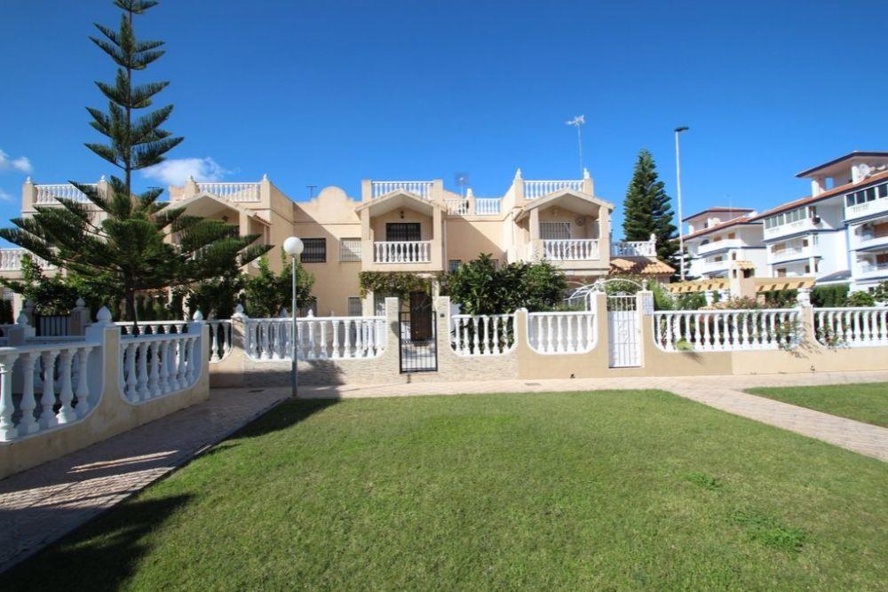 Таунхаус в Торревьехе, Испания, 85 м2 - фото 1