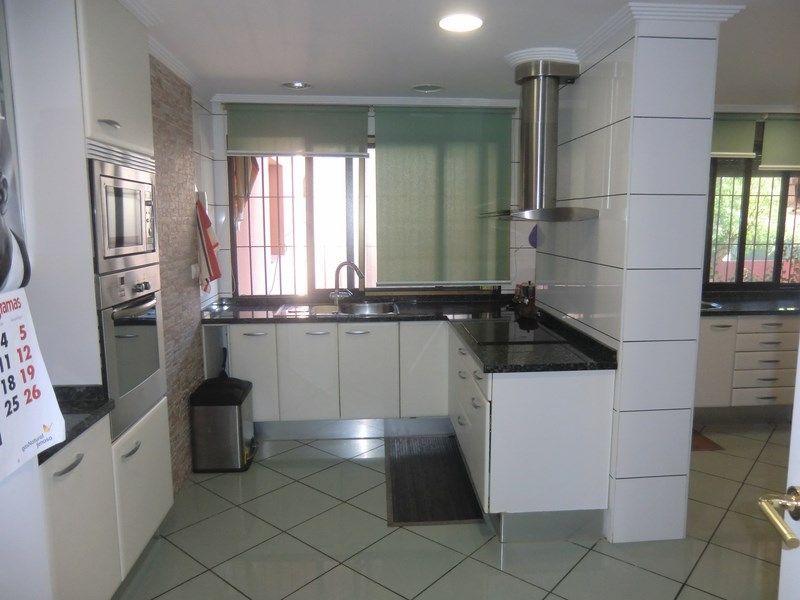 Апартаменты в Сан-Хуан-де-Аликанте, Испания, 145 м2 - фото 1
