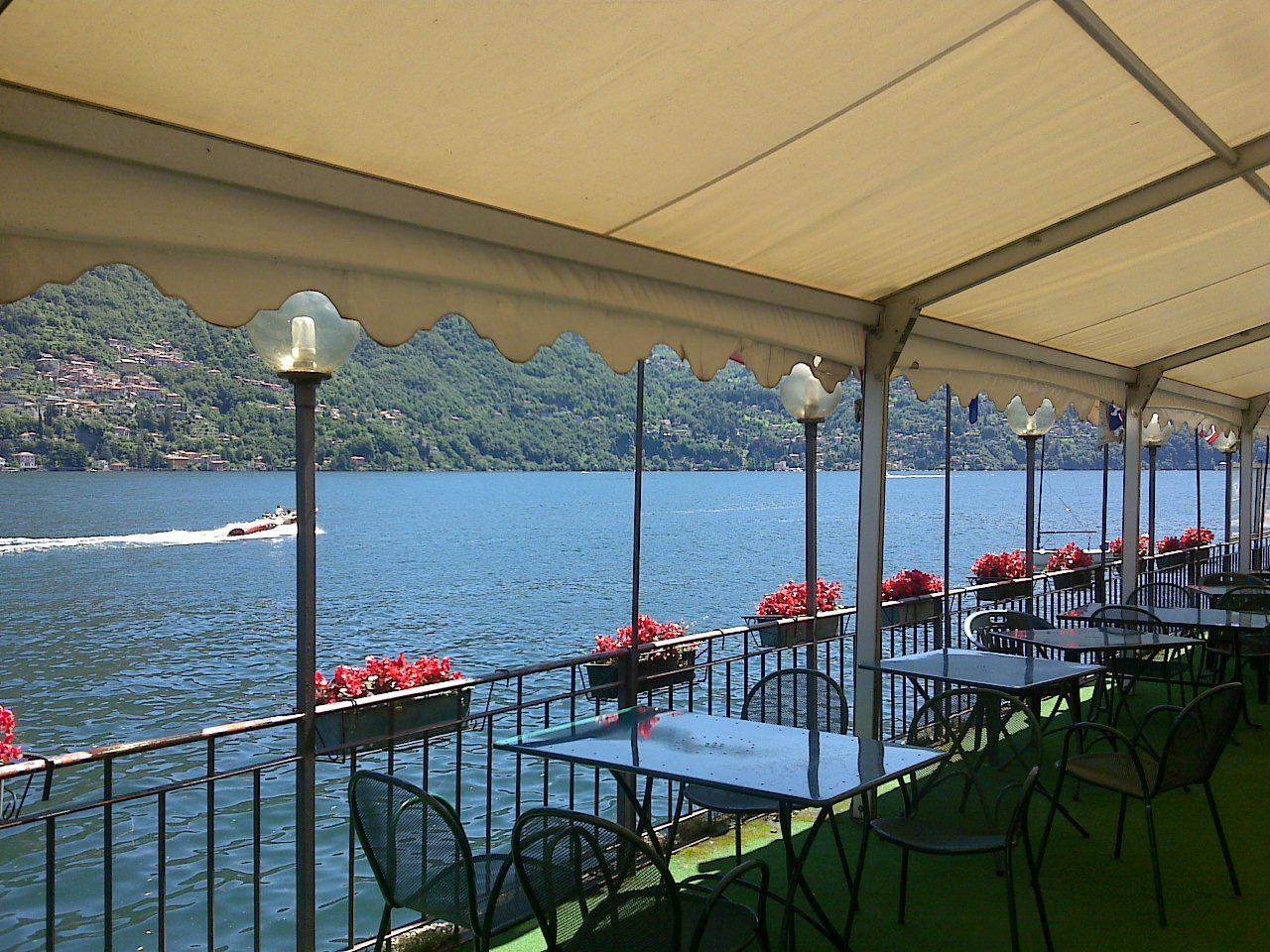 Отель, гостиница у озера Комо, Италия, 1000 м2 - фото 1