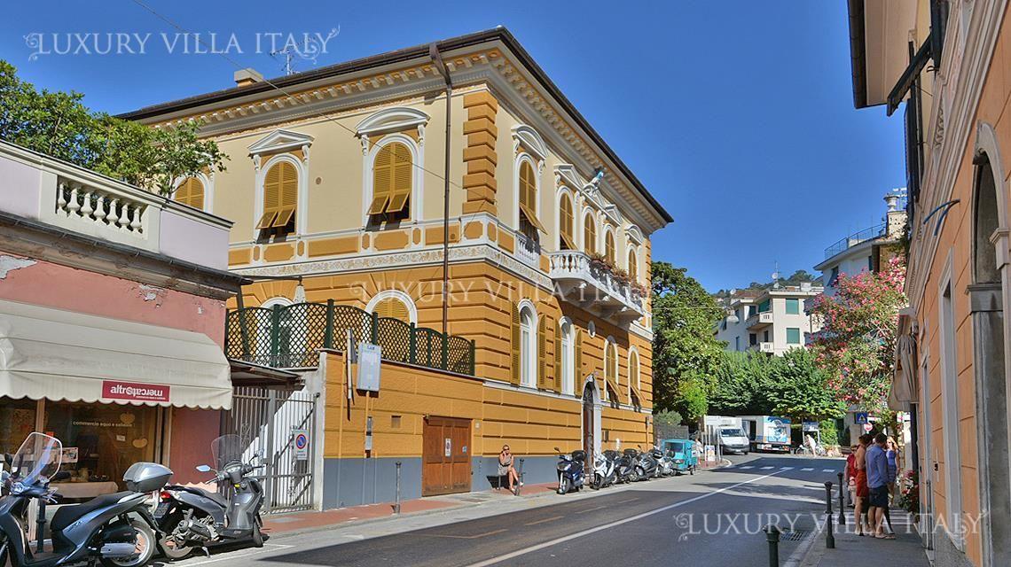 Дом в Санта-Маргерита-Лигуре, Италия, 500 м2 - фото 1