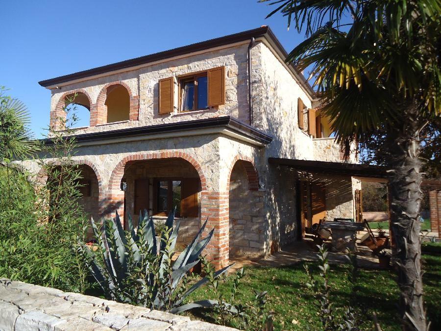 Дом в Порече, Хорватия, 1130 м2 - фото 1