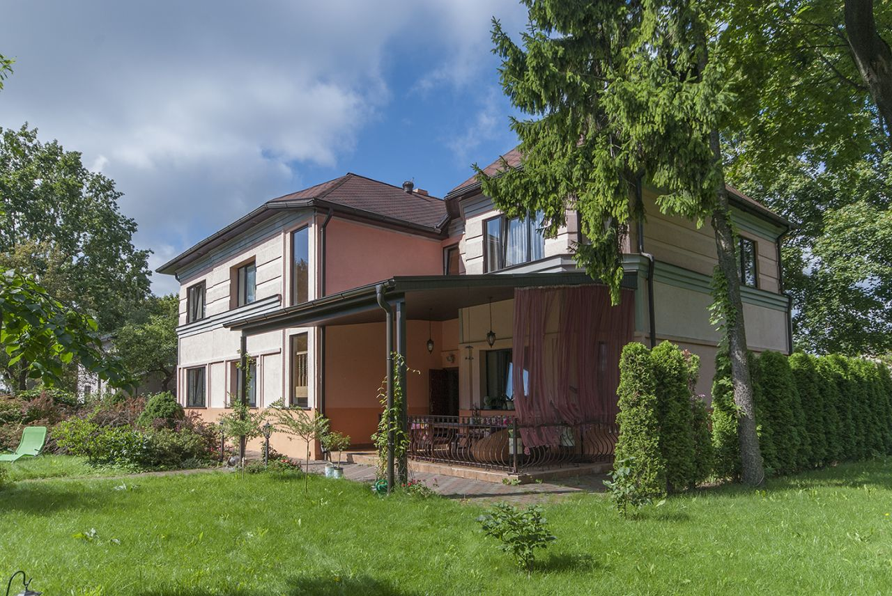 Дом в Риге, Латвия, 440 м2 - фото 1