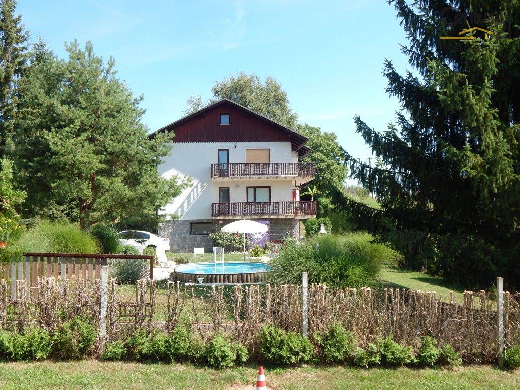 Дом в Мариборе, Словения, 1650 м2 - фото 1