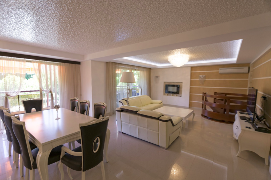 Квартира в Антибе, Франция, 162 м2 - фото 1