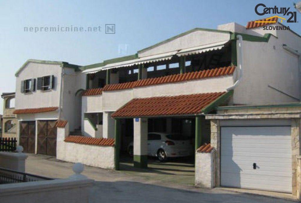 Дом в Задаре, Хорватия, 320 м2 - фото 1