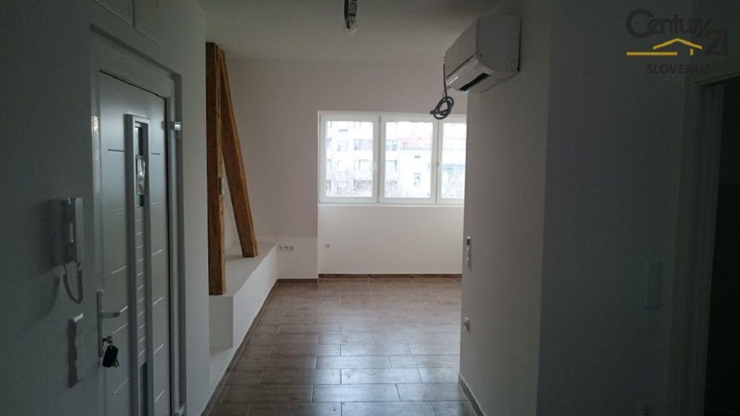 Квартира в Мариборе, Словения, 45.2 м2 - фото 2