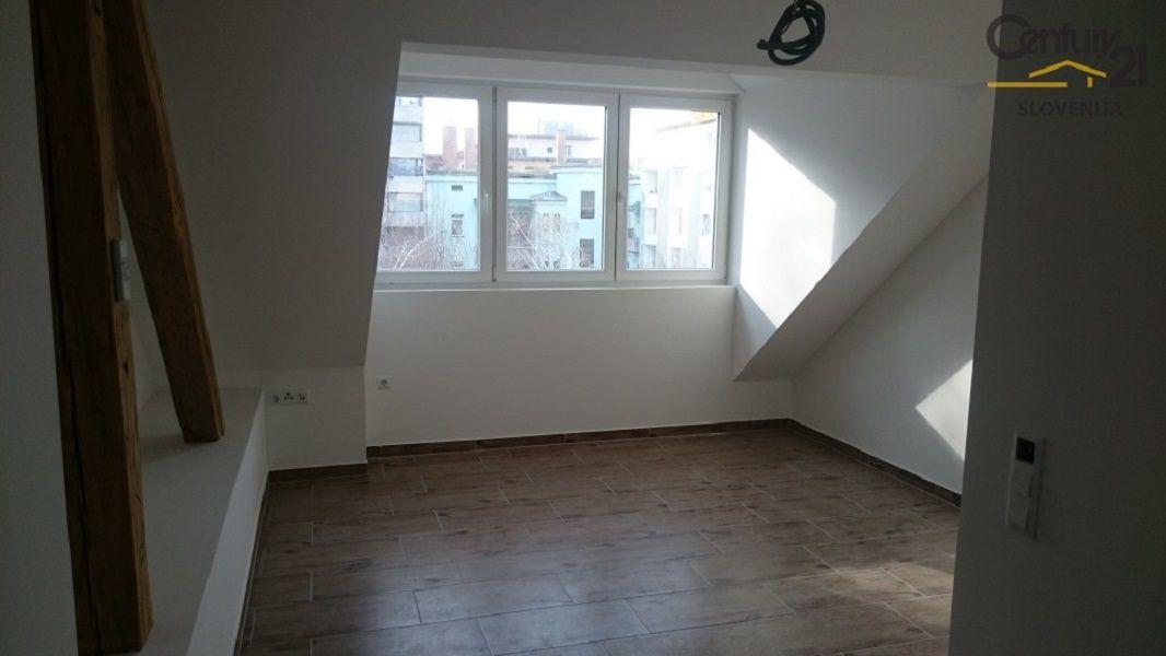 Квартира в Мариборе, Словения, 45.2 м2 - фото 1