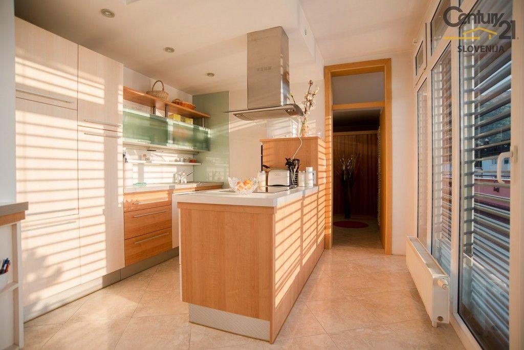 Квартира в Мариборе, Словения, 270.2 м2 - фото 2