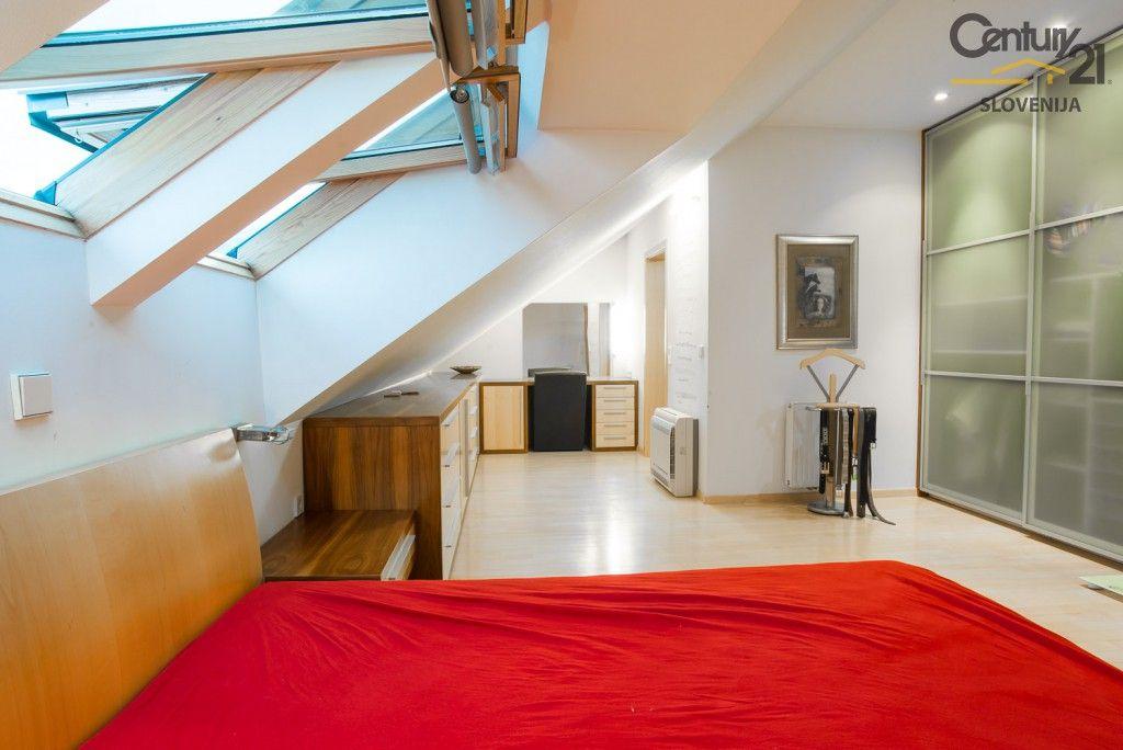 Квартира в Мариборе, Словения, 270.2 м2 - фото 11