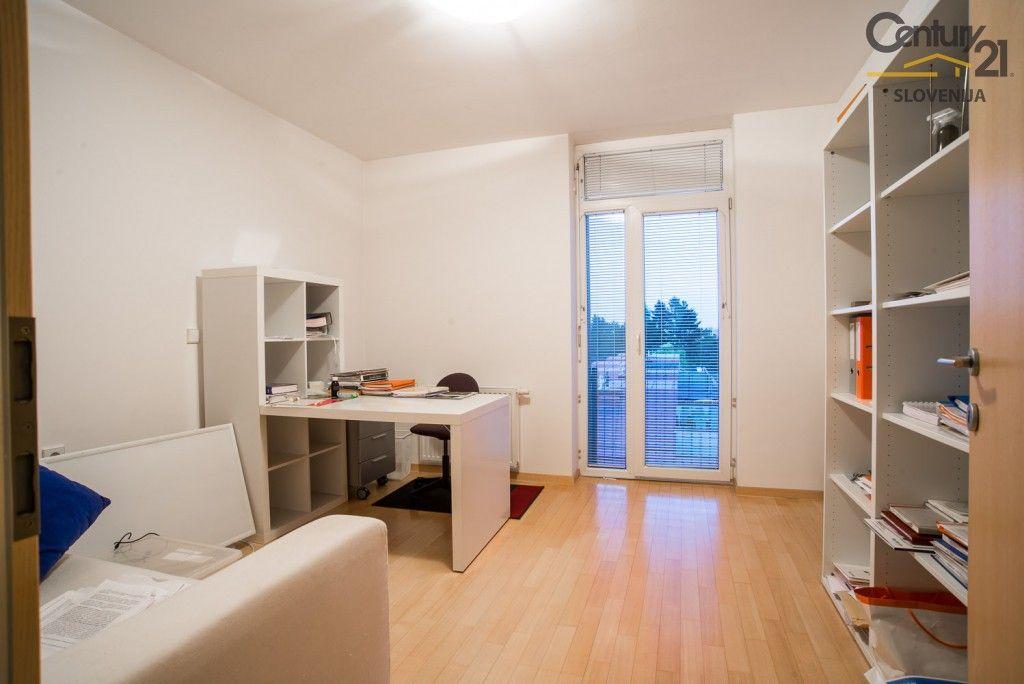 Квартира в Мариборе, Словения, 270.2 м2 - фото 10